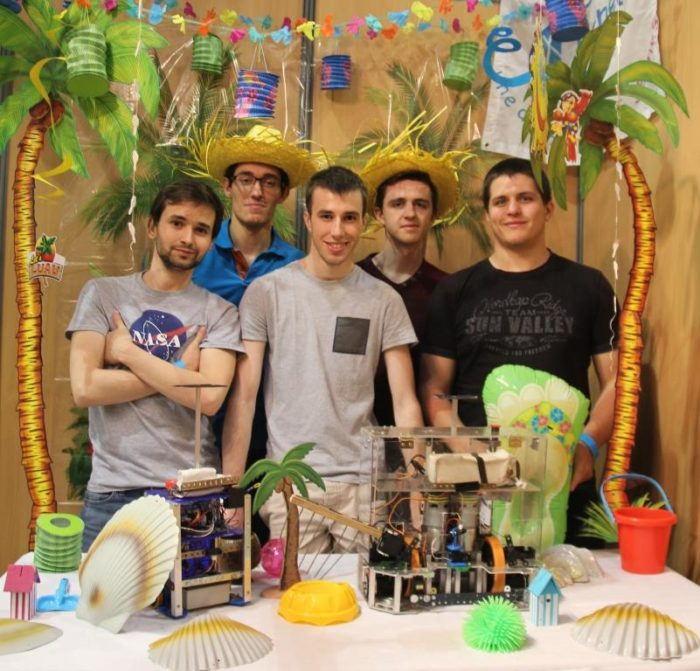 Club Robotique ECAM à la Coupe de France de Robotique 2016