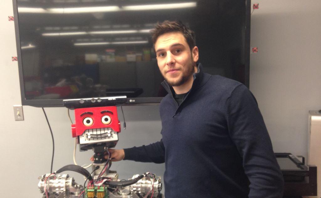 cyril-bounakoff-doctorant-en-robotique-ecam-am-2014